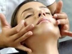 DOAMNA kinetoterapie ofer masaj de relaxare, ajuta la accelerarea metabolismului