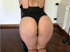 escorte mature: Blonda sexy-servicii totale