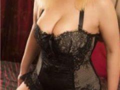 escorte mature: Blonda si bruneta show
